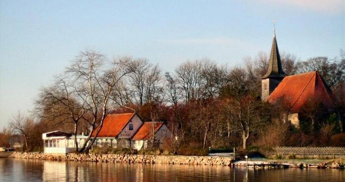 Bild - Stadt Arnis Kirche